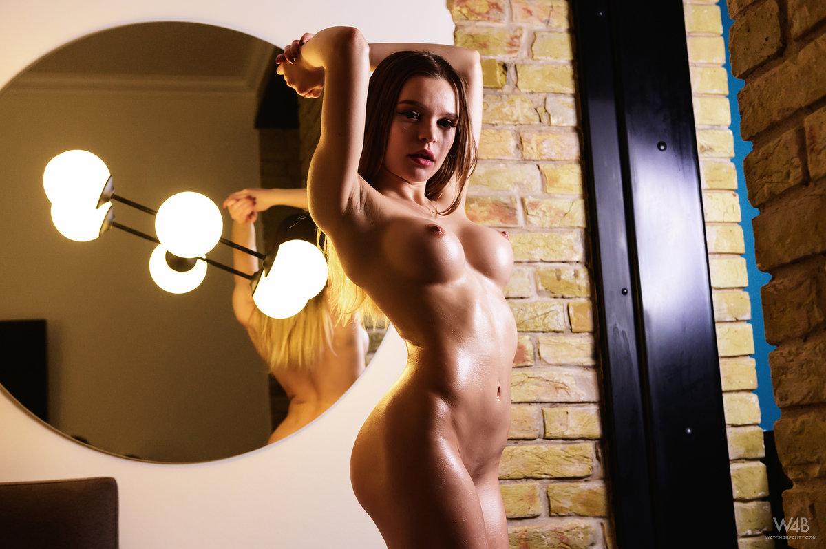 Vivien Midi - New Talent